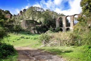 Ghost town of Monterano entrance