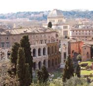 Beyond Piazza Venezia in Rome